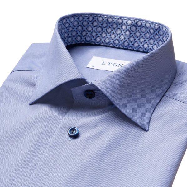 Blue hairline striped shirt – navy details