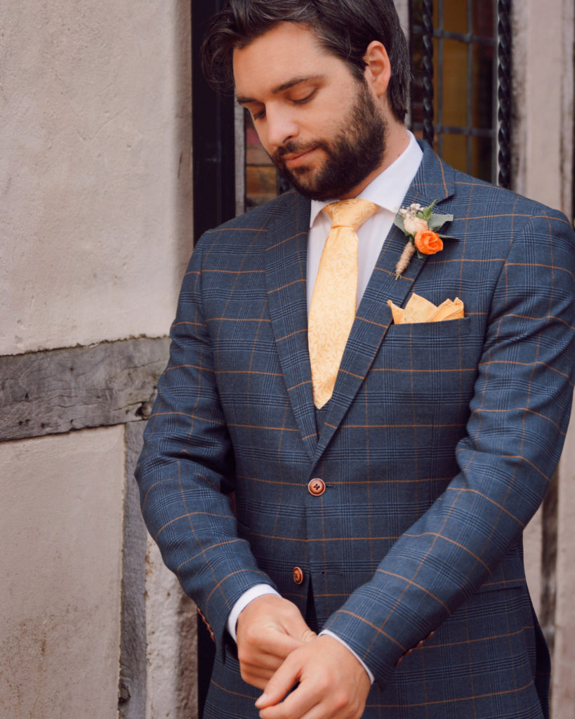 Tom in a Marc Darcy 3 piece Wedding suit navy